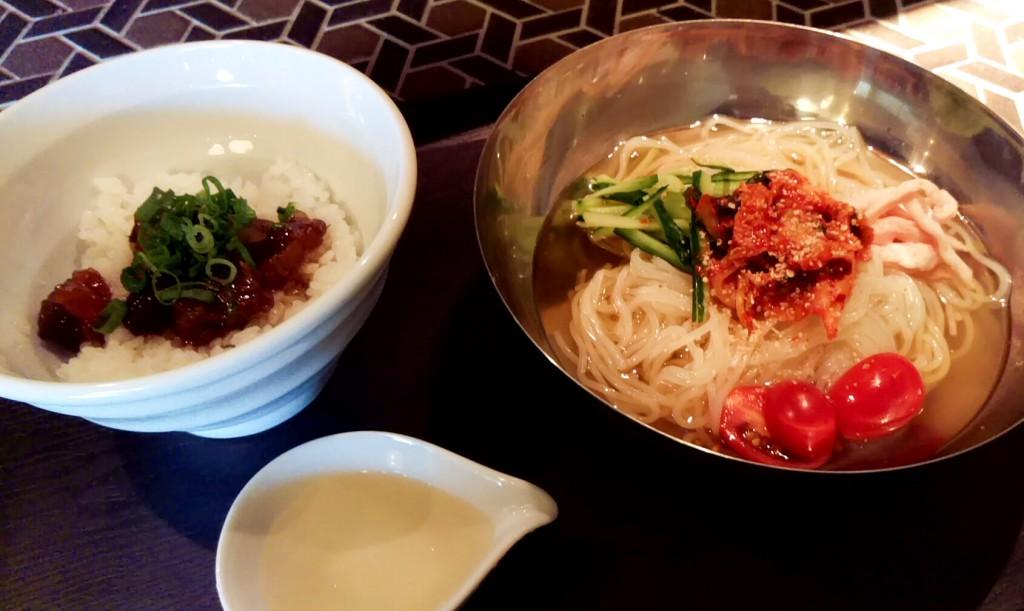 韓国冷麺とぼっかけ丼@だるまさん