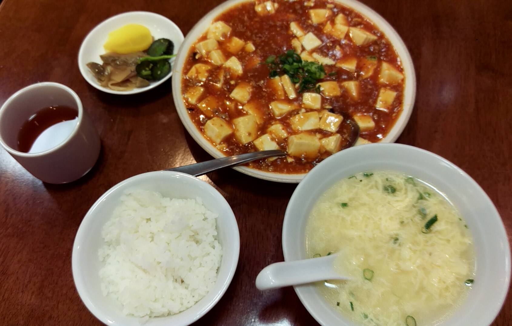 激辛、ごはん半分でお願いした 麻婆豆腐定食@昌園さん