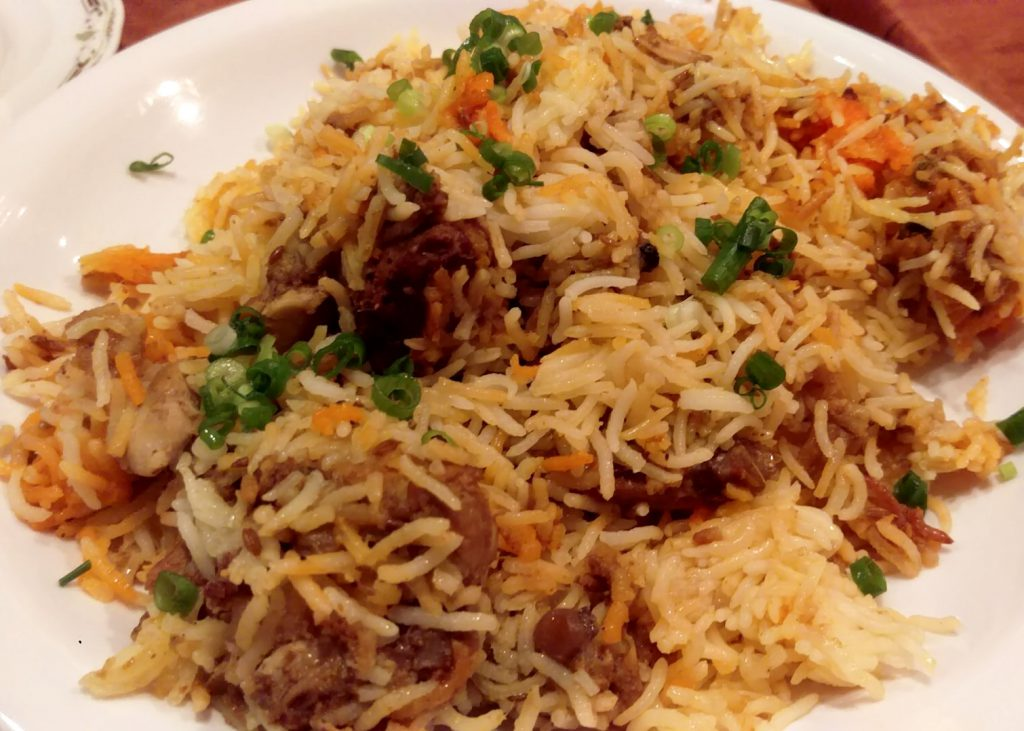 ビリヤニ…きちんとした炊き込みご飯でサラッといける